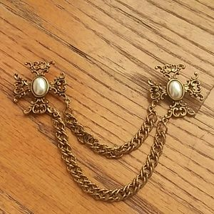 Vintage Pearl & Gold Brooch Sweater clip